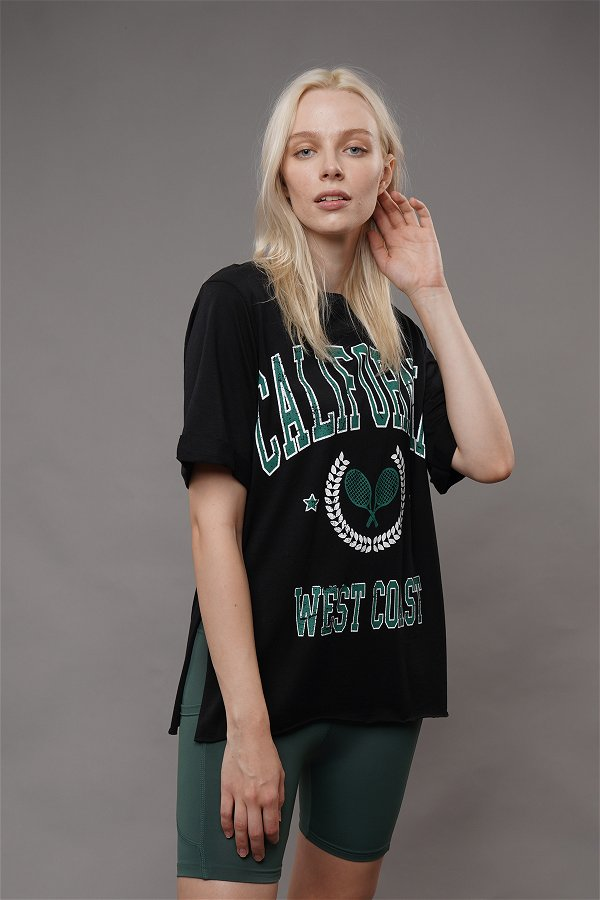California Baskılı Yırtmaçlı T-shirt Siyah
