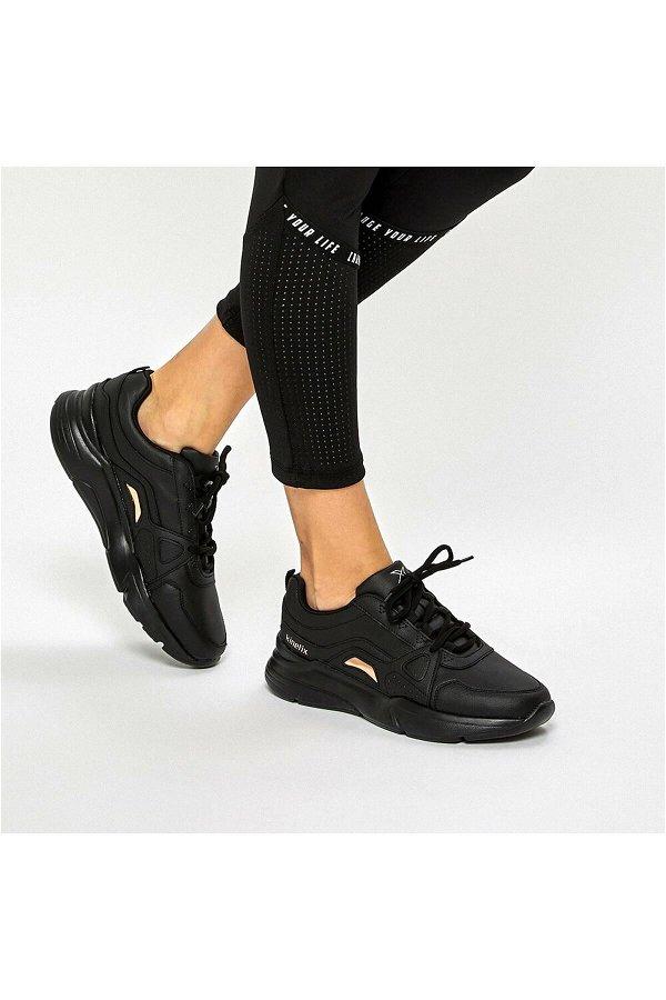 Kinetix Lowan Siyah Spor Ayakkabı SIYAH
