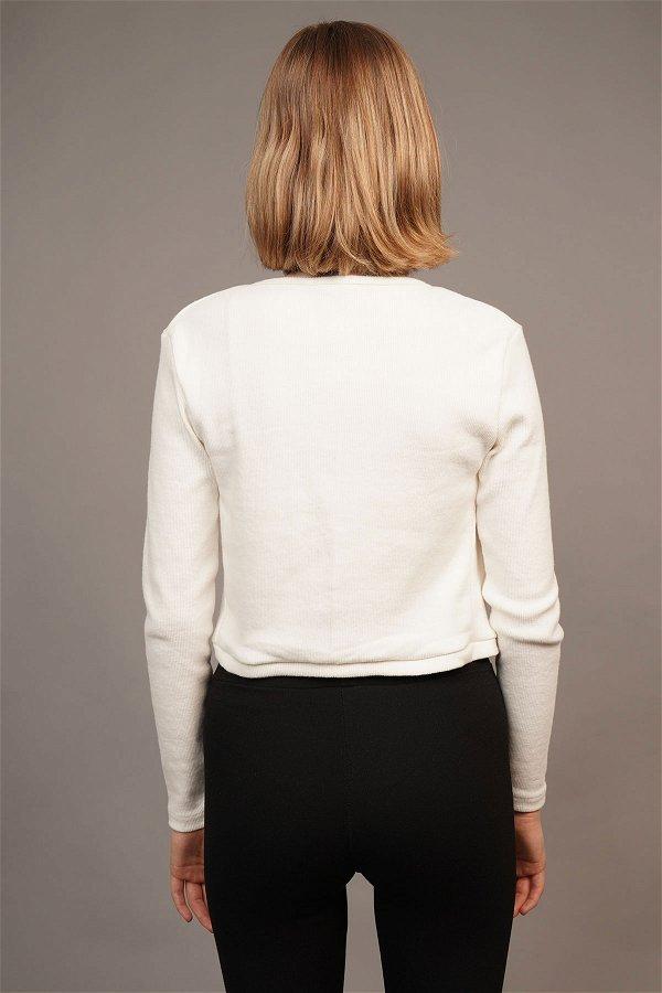 Kruvaze Yaka Bluz Beyaz