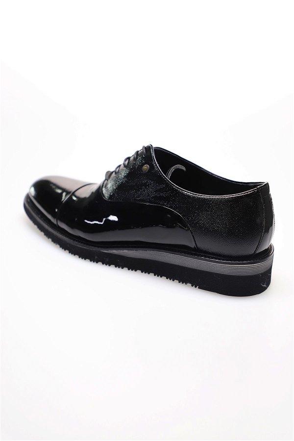 Bağcıklı Rugan Klasik Ayakkabı SIYAH