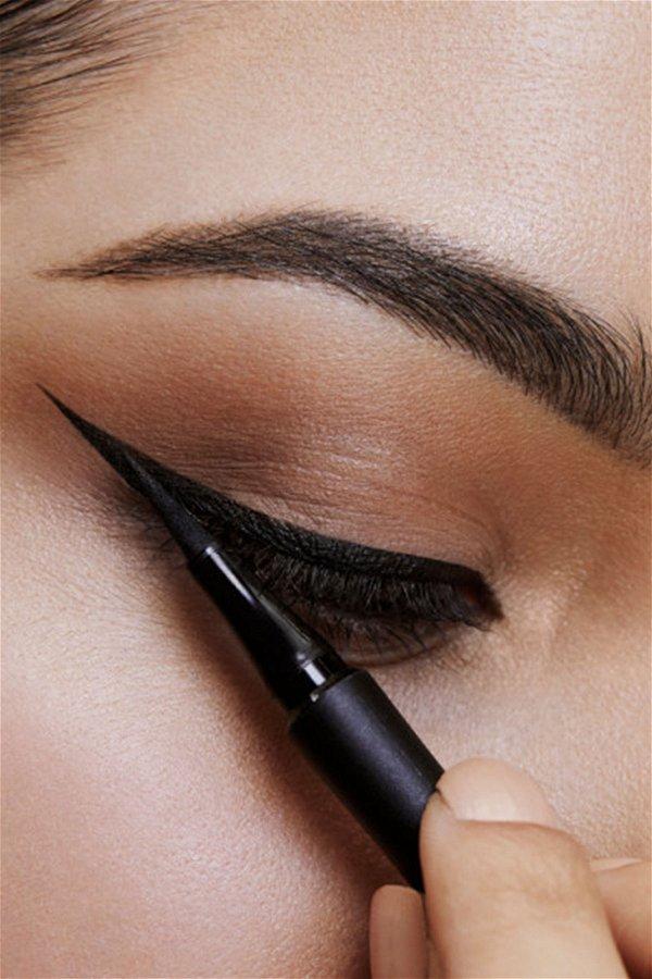 Maybelline New York Hyper Precise All Day Eyeliner