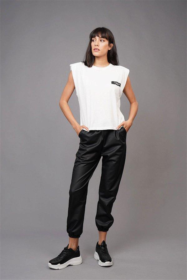 Vatkalı Sırt Basklı T-shirt Beyaz