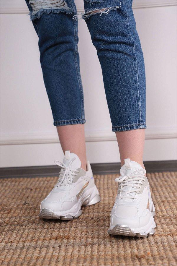 Bağcıklı Spor Ayakkabı Beyaz