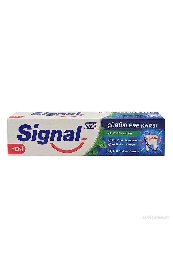 Signal Diş Macunu Çürüklere Karşı Etkili Yeşil Elma Ferahlığı 100 ml STD