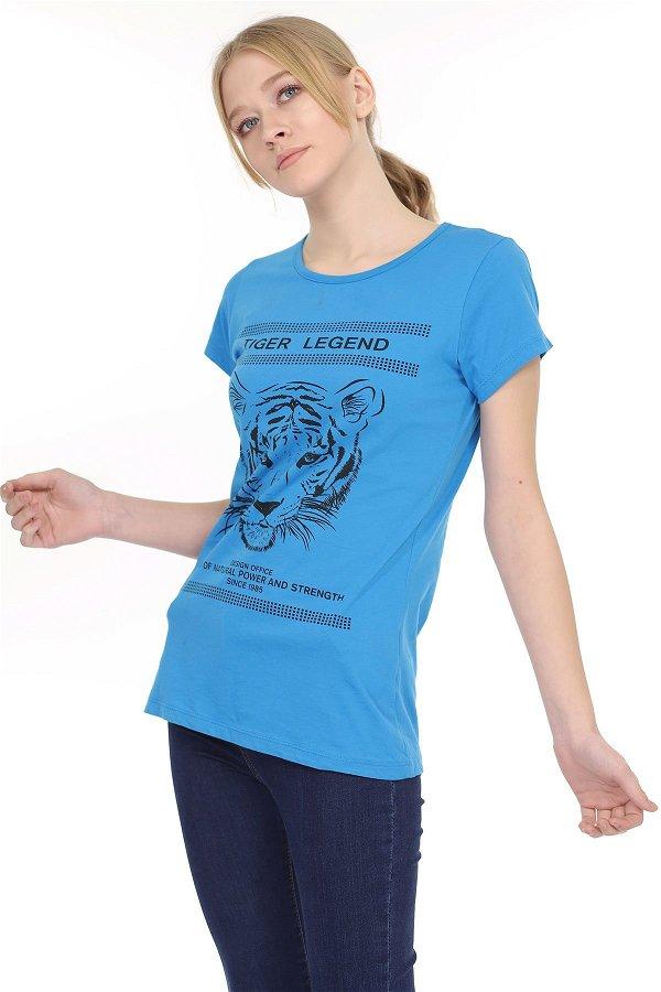 V Yaka Yırtmaçlı T-shirt